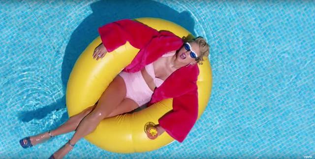 """Taylor Swift ra mắt MV mới, fan """"bấn loạn"""" khi thấy Katy Perry xuất hiện - Ảnh 2."""