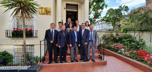 Bảo tồn văn hóa truyền thống và tiếng Việt tại Vương quốc Anh - Ảnh 1.