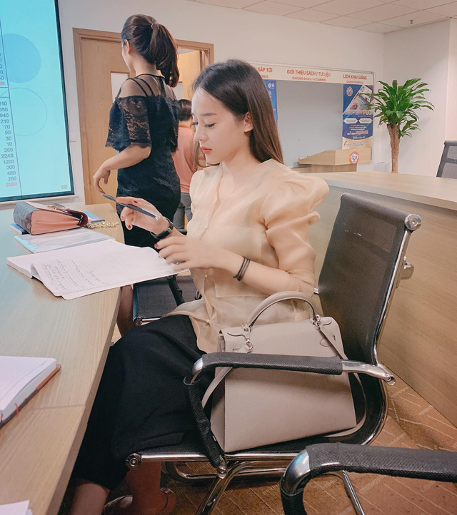 Hé lộ hành trình từ mẹ đơn thân đến doanh nhân thành đạt của hotmom Hoàng Thanh Thủy - Ảnh 2.