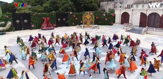 Vũ hội Ánh Dương - Show diễn đẳng cấp thế giới - Ảnh 2.