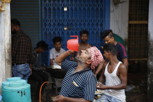 Ấn Độ: Số người thiệt mạng vì nắng nóng tăng gần gấp đôi - Ảnh 2.
