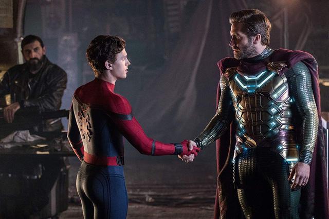 """""""Spider-Man: Far From Home"""": Giới phê bình khẳng định """"không còn gì để chê"""" - Ảnh 1."""