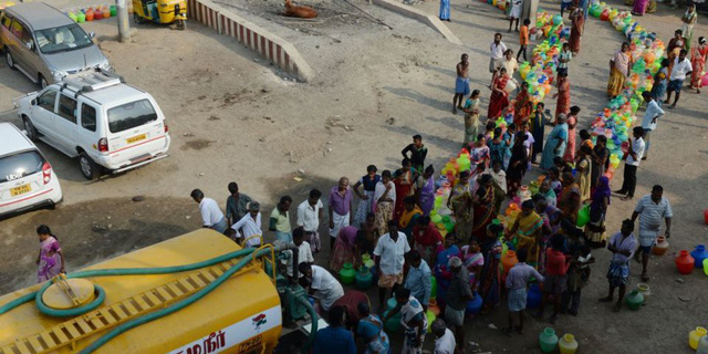 Điểm du lịch nổi tiếng của Ấn Độ đang đối diện với tình trạng thiếu nước trầm trọng - Ảnh 1.