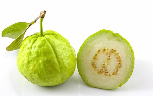 9 lợi ích sức khỏe đáng kinh ngạc từ trái ổi - Ảnh 1.