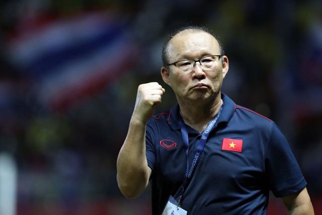 Không có chuyện ông Cấn Văn Nghĩa từ chức vì việc gia hạn hợp đồng với HLV Park Hang-seo - Ảnh 1.