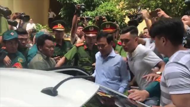 Toà yêu cầu làm rõ căn cứ buộc tội Nguyễn Hữu Linh - Ảnh 1.