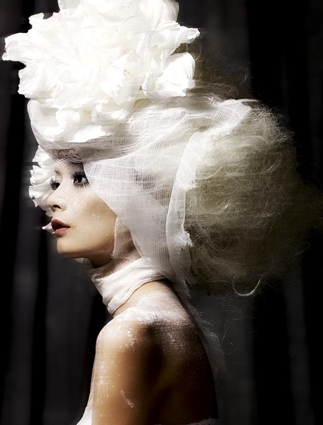 Những bức hình ấn tượng qua 8 mùa Vietnams Next Top Model - Ảnh 2.
