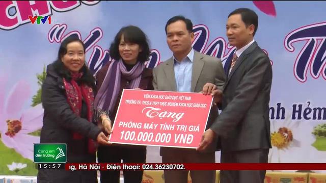 Quỹ Tấm lòng Việt trao tặng hàng nghìn suất quà cùng học bổng tới học trò nghèo trong 5 tháng đầu năm 2019 - Ảnh 6.
