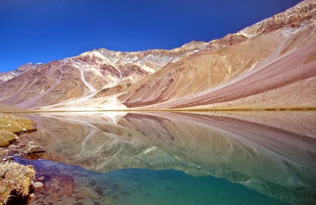 Vẻ đẹp ít người biết tới ở vùng đất kỳ lạ nhất thế giới - Ảnh 16.