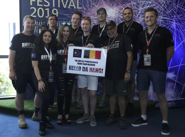 Hé lộ bài thi của đội tuyển Brazil và Bỉ tại Lễ hội Pháo hoa quốc tế Đà Nẵng 2019 - Ảnh 1.