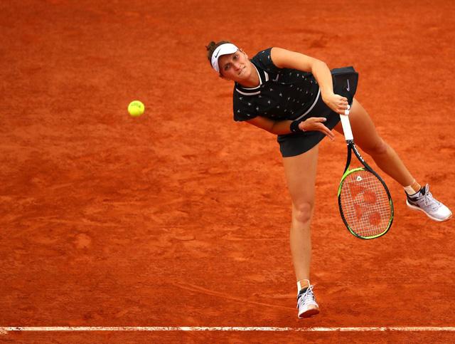 Marketa Vondrousova lần đầu tiên góp mặt tại bán kết Pháp mở rộng - Ảnh 1.