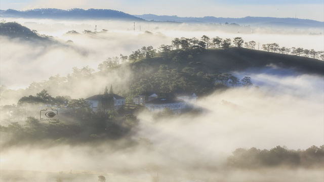 Mùa săn mây ở Đà Lạt - Ảnh 1.