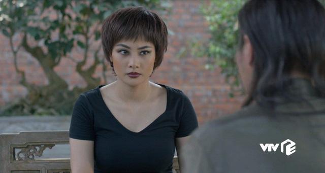 Mê cung - Tập 13: Đánh đồng đội bị thương để cứu Cường Lâm, Khánh vẫn bị tên cáo già này nghi ngờ - Ảnh 1.