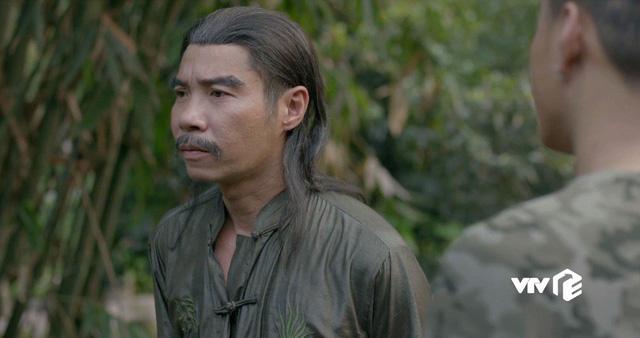 Mê cung - Tập 13: Đánh đồng đội bị thương để cứu Cường Lâm, Khánh vẫn bị tên cáo già này nghi ngờ - Ảnh 2.