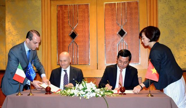 Ký kết chương trình hành động về hợp tác giáo dục Việt Nam - Italy giai đoạn 2019-2022 - Ảnh 1.