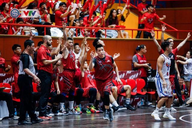ẢNH: Thang Long Warriors có chiến thắng đầu tiên tại VBA 2019 - Ảnh 8.