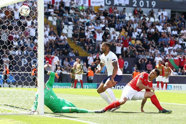 Pickford giúp ĐT Anh phá dớp luân lưu, giành hạng 3 UEFA Nations League - Ảnh 2.