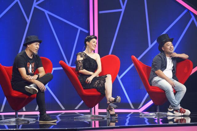 Đinh Hương thừa nhận đứng bên cạnh Huỳnh Anh bao giờ cũng thấy hạnh phúc - Ảnh 2.