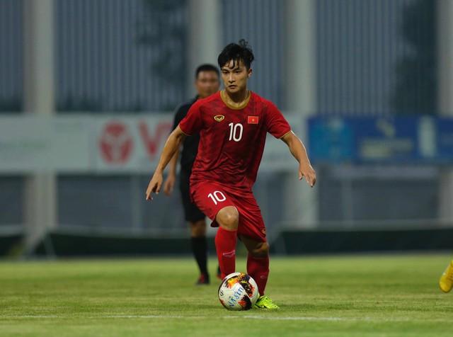 Martin Lò kiến tạo, Việt Cường ghi bàn giúp U22 Việt Nam thắng tối thiểu U18 Việt Nam - Ảnh 3.