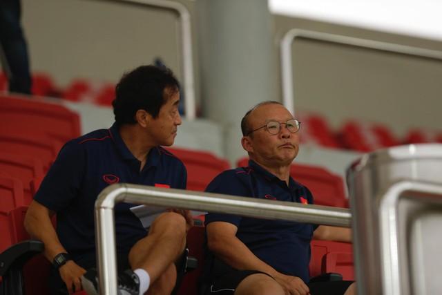 Martin Lò kiến tạo, Việt Cường ghi bàn giúp U22 Việt Nam thắng tối thiểu U18 Việt Nam - Ảnh 2.