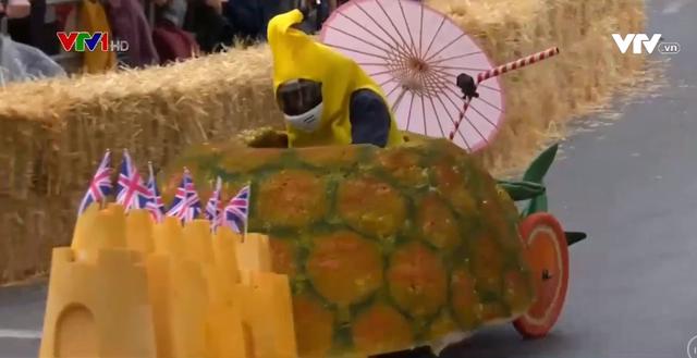 Sôi động cuộc đua xe tự chế tại Anh - Ảnh 1.
