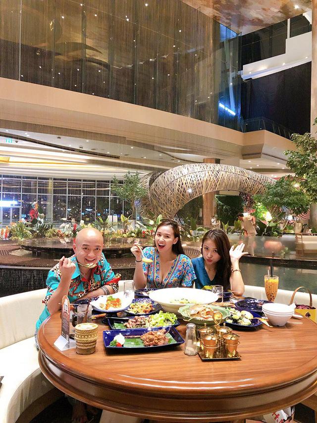 Lã Thanh Huyền vi vu Bangkok cùng cạ cứng MC Thanh Vân Hugo - Ảnh 11.