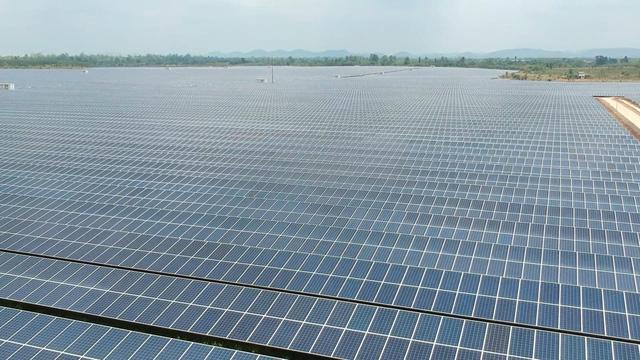 Nguy cơ dư thừa điện mặt trời - Ảnh 1.