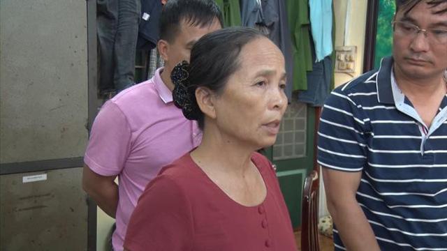 Bắt quả tang nữ giáo viên nghỉ hưu mua bán vận chuyển 15 bánh heroin - Ảnh 2.