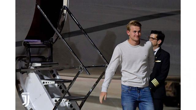 Matthijs de Ligt tới Italia kiểm tra y tế, chuẩn bị gia nhập Juventus - Ảnh 3.