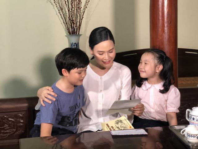 """Sao mai Nhật Huyền vào vai… mẹ Xuân Hảo trong MV """"Nơi ấy là Trường Sa"""" - Ảnh 6."""