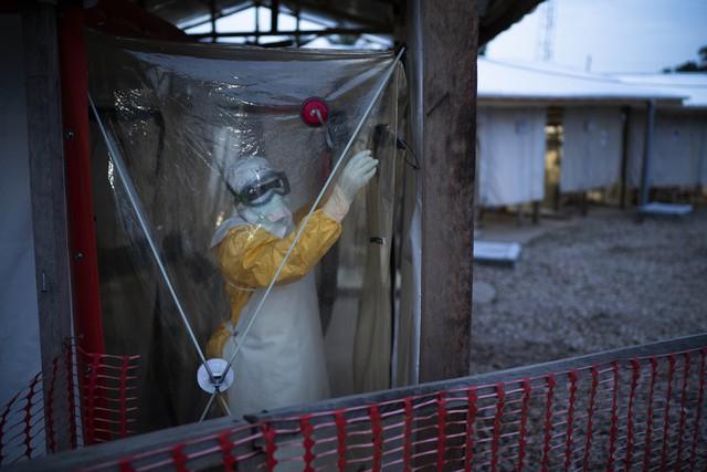 WHO tuyên bố dịch Ebola là vấn đề y tế khẩn cấp toàn cầu - Ảnh 1.