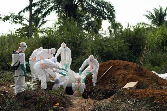 WHO tuyên bố dịch Ebola là vấn đề y tế khẩn cấp toàn cầu - Ảnh 2.