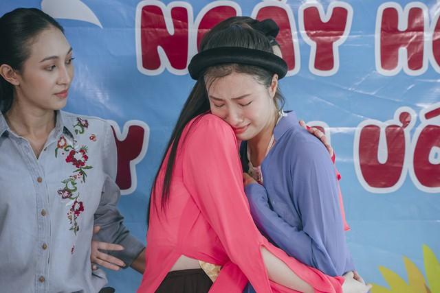 Thí sinh Miss World Việt Nam khoe giọng hát lan tỏa lòng nhân ái - Ảnh 9.
