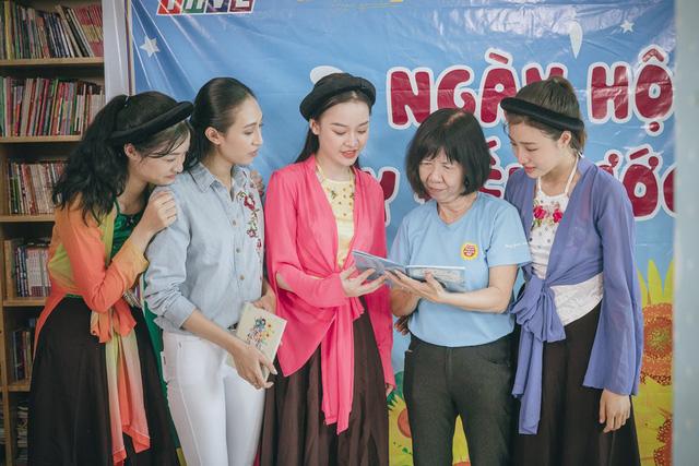 Thí sinh Miss World Việt Nam khoe giọng hát lan tỏa lòng nhân ái - Ảnh 1.