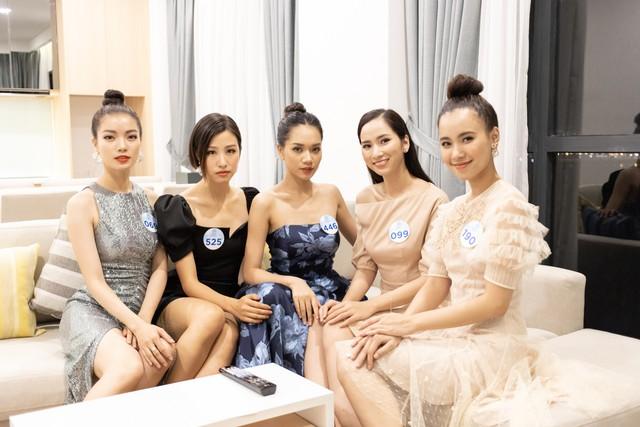 40 thí sinh Miss World Vietnam đến Đà Nẵng bắt đầu vòng Chung kết toàn quốc - Ảnh 1.