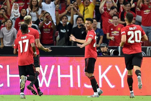 Man Utd trói chân thành công De Gea bằng một bao tải tiền - Ảnh 2.