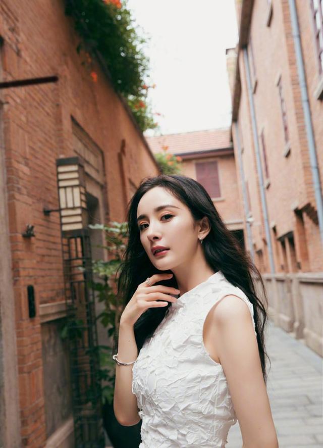 Sau ly hôn, Dương Mịch ngày càng quyến rũ - Ảnh 6.