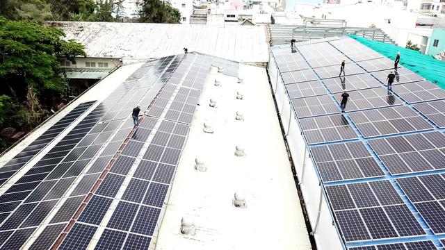 Phim trường đầu tiên tại Việt Nam sử dụng nguồn điện năng lượng mặt trời - Ảnh 2.