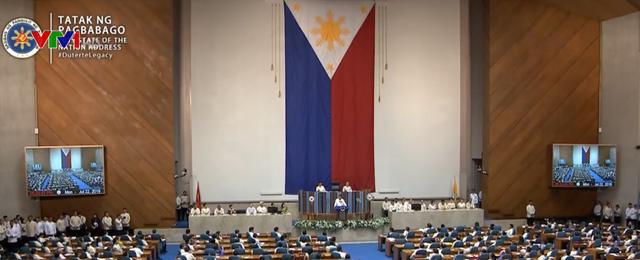 Tổng thống Philippines kêu gọi tiếp tục chiến dịch chống ma túy và tham nhũng - Ảnh 1.