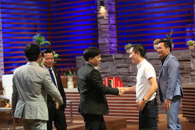 """Cặp đôi song Dũng """"song kiếm hợp bích"""" thành công kêu gọi 6 triệu USD tại Shark Tank Việt Nam - Ảnh 5."""