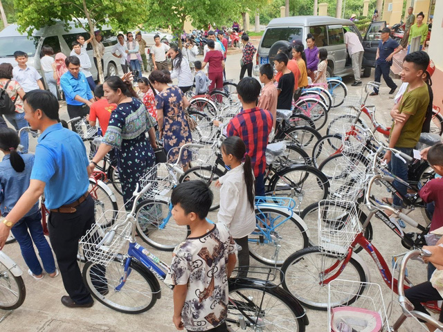 Thăm hỏi 30 gia đình cựu chiến binh tại tỉnh Điện Biên nhân dịp 27/7 - Ảnh 6.