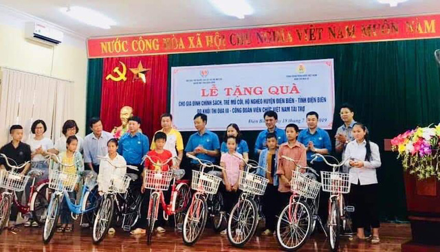 Thăm hỏi 30 gia đình cựu chiến binh tại tỉnh Điện Biên nhân dịp 27/7 - Ảnh 1.