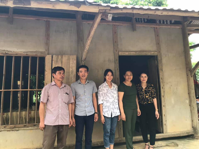 Quỹ Tấm lòng Việt và du học sinh Mỹ khoác chiếc áo mới cho điểm trường vùng cao - Ảnh 4.