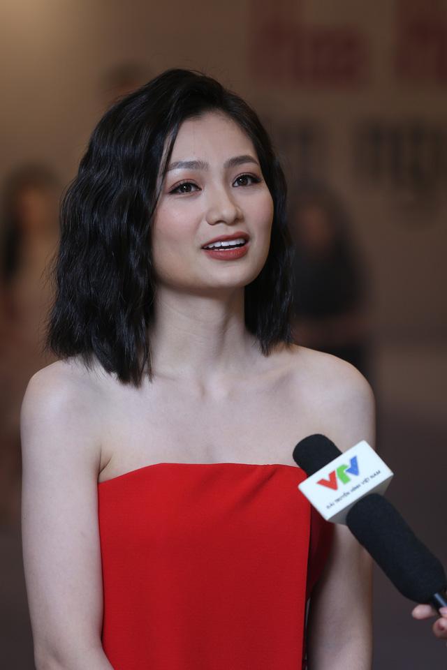 Hồng Diễm đẹp yêu kiều sánh vai cùng con gái Lương Thanh quyến rũ - Ảnh 8.