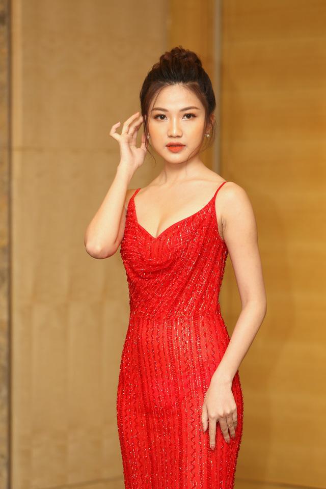 Hồng Diễm đẹp yêu kiều sánh vai cùng con gái Lương Thanh quyến rũ - Ảnh 4.
