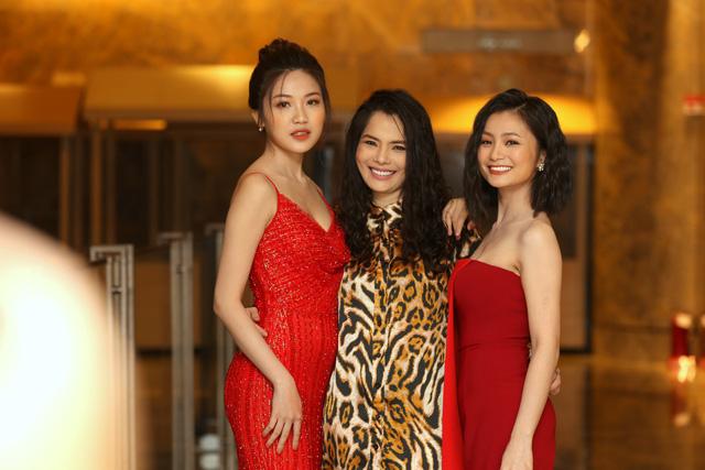 Hồng Diễm đẹp yêu kiều sánh vai cùng con gái Lương Thanh quyến rũ - Ảnh 5.