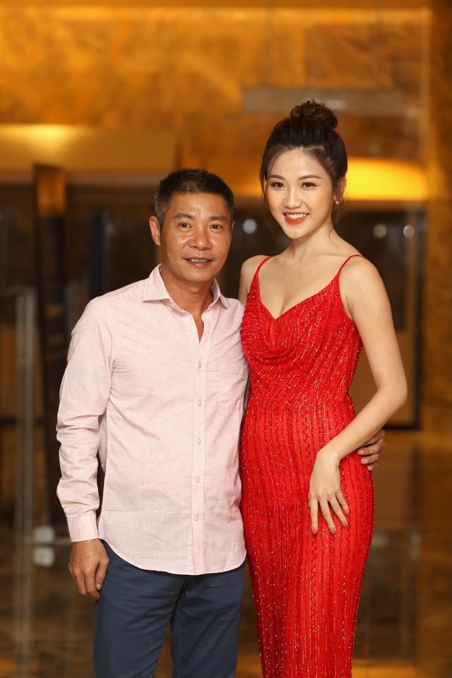 Hồng Diễm đẹp yêu kiều sánh vai cùng con gái Lương Thanh quyến rũ - Ảnh 7.