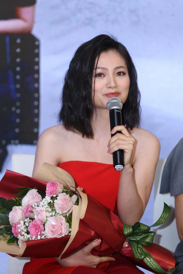 Hồng Diễm đẹp yêu kiều sánh vai cùng con gái Lương Thanh quyến rũ - Ảnh 10.