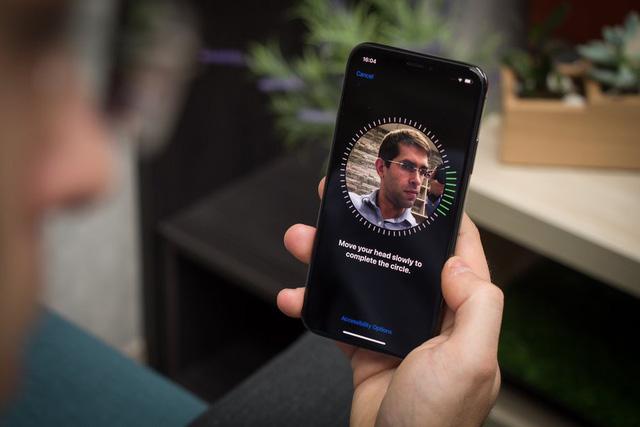 Pixel 4 sẽ sở hữu tính năng nhận diện khuôn mặt Face ID như trên iPhone - Ảnh 1.