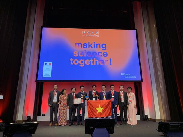4 thí sinh Việt thi Olympic Hóa học quốc tế 2019 giành 2 HCV, 2 HCB - Ảnh 2.
